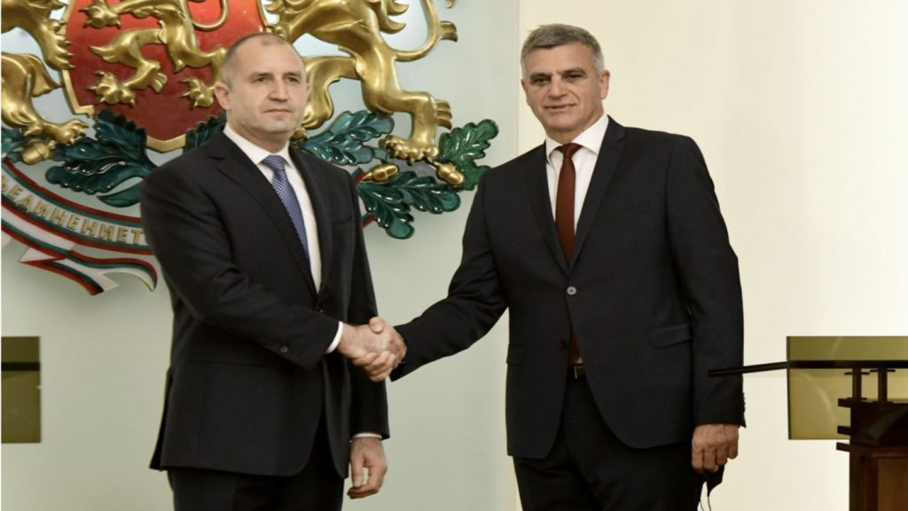 Румен Радев, Стефан Янев